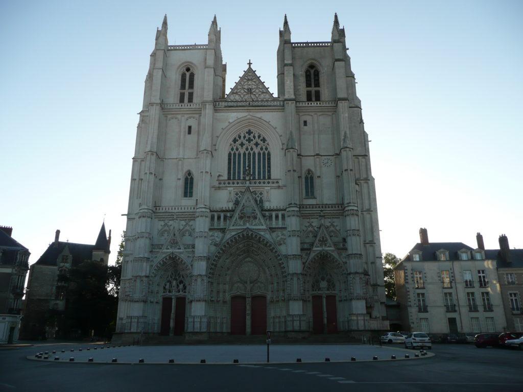 159b Cattedrale (vedi 254 e segg.)