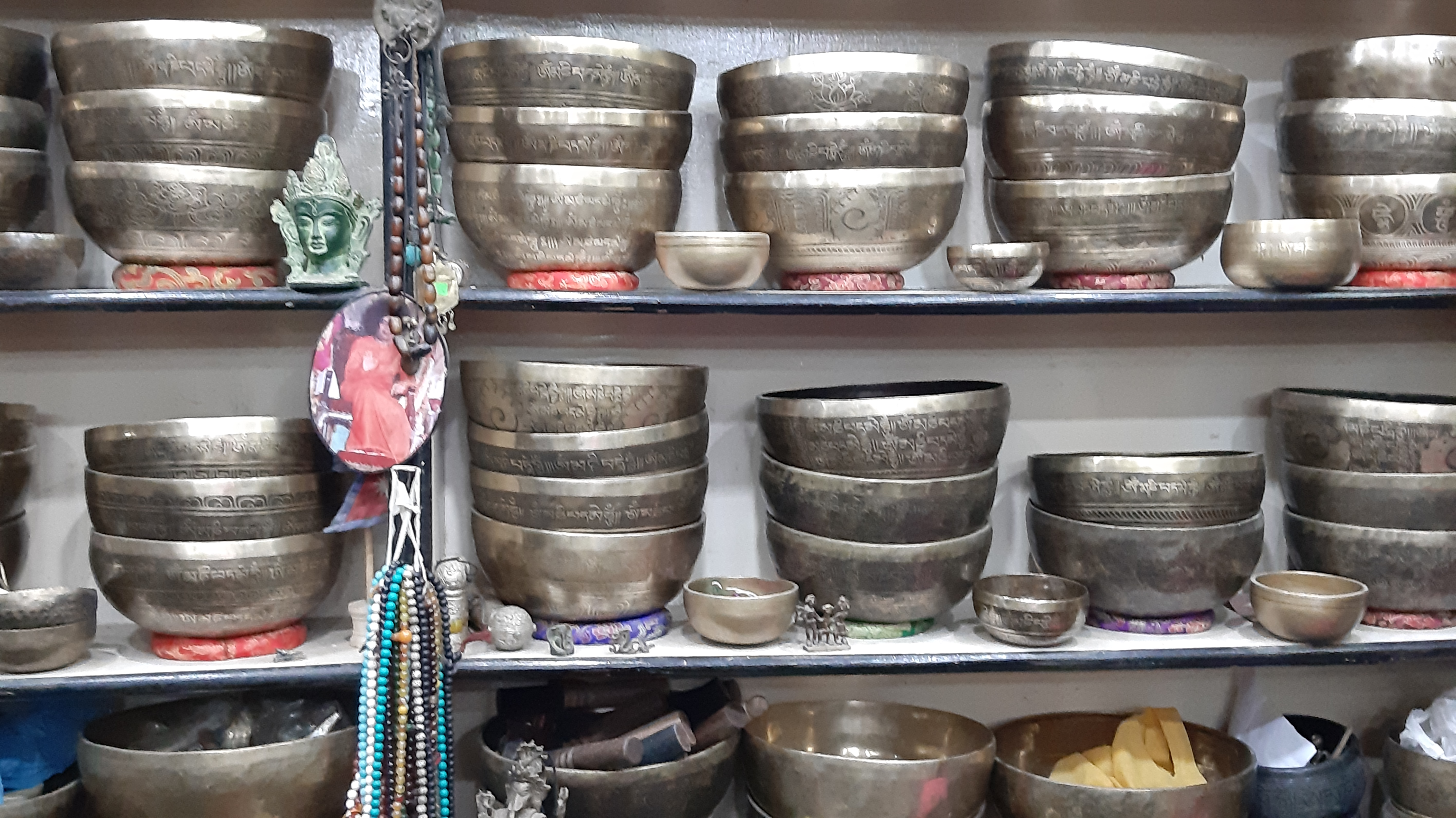 singing bowls healing bowls